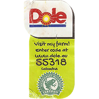 Dole Visit my farm! Enter code at www.dole.eu 55318 RAINFOREST ALLIANCE CERTIFIED  22,3 x 42,8 mm paper 2017 J Colombia unique